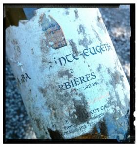 Etiquette bouteille immergée - effet du vieillissement du vin sous la mer ou dans l'eau sur l'étiquette !